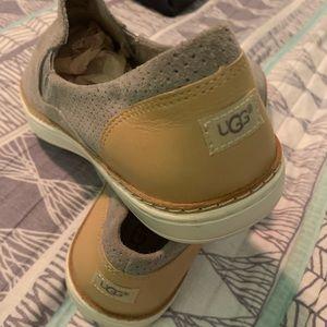 Women size 10 UGG gray shoe BNWT